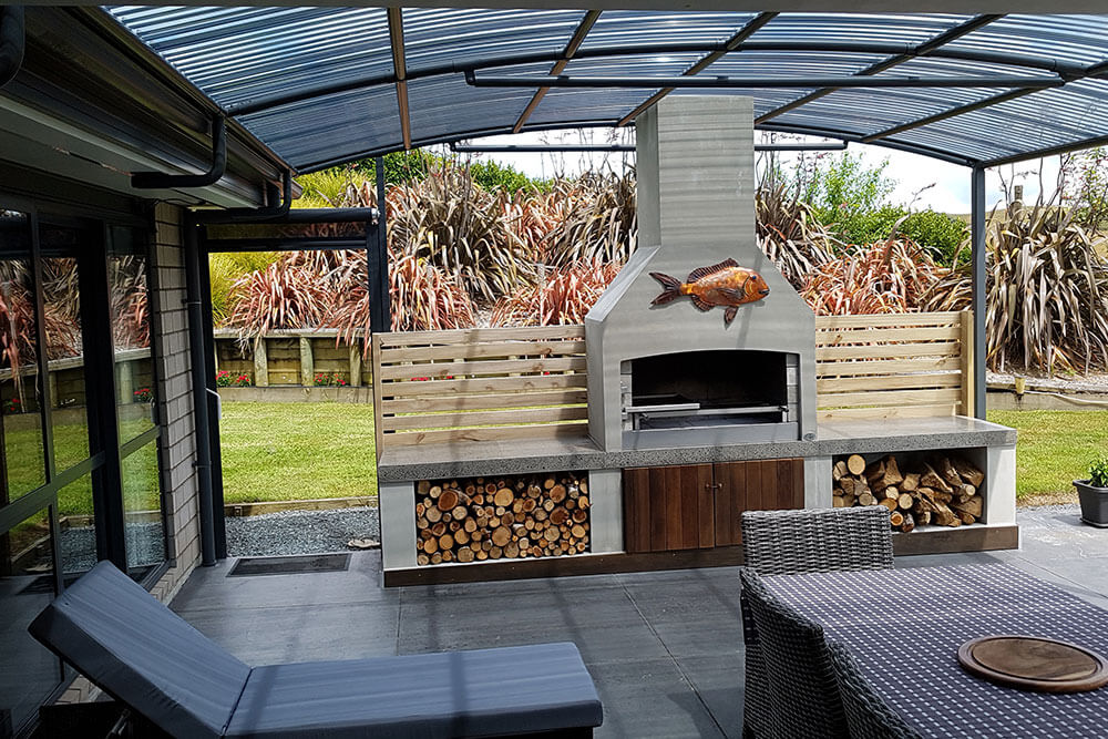 A gorgeous entertainment area with a beautiful senator Outdoor Fire