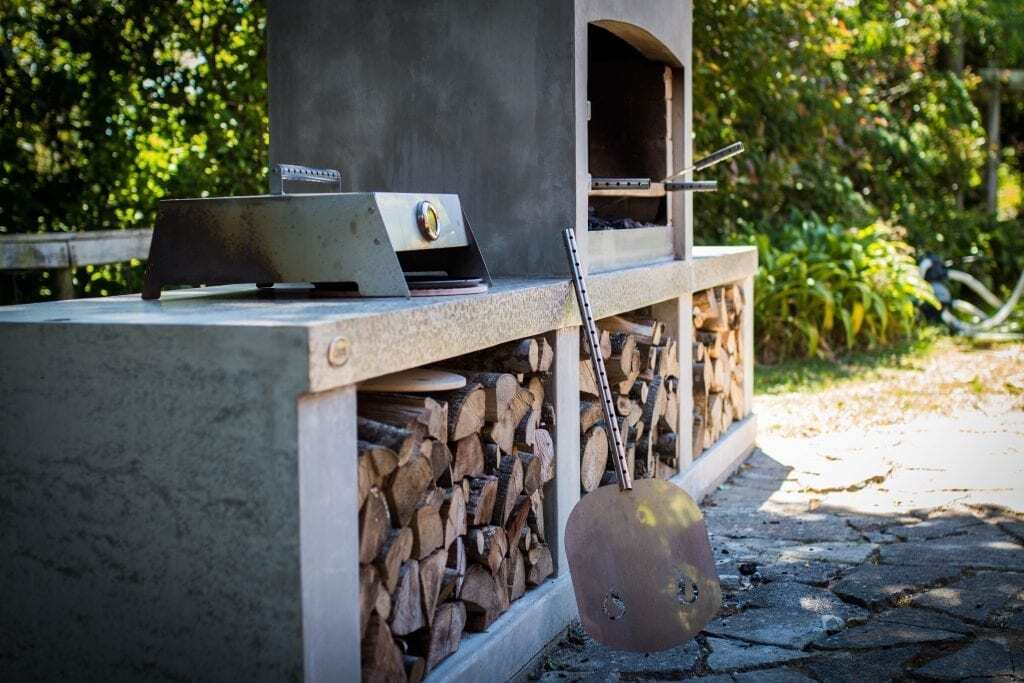 Enjoy Wood Fired Pizza Warmth Of An Outdoor Fire Flare Fires