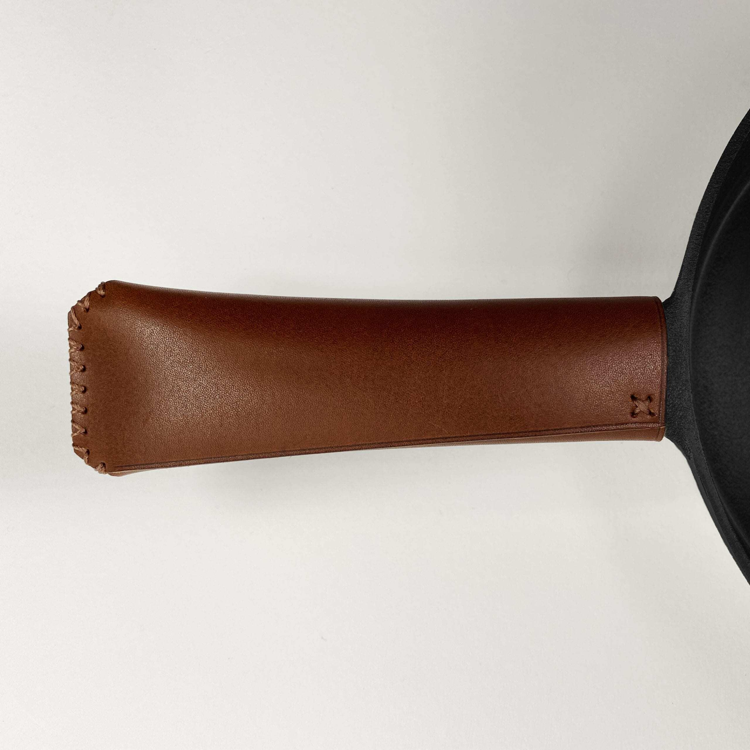 Ironclad Pan Snug is made to order and made to last working on a Flare outdoor fires.