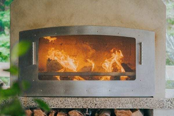 Flare Night Guard adds more safety to the Outdoor Fireplace
